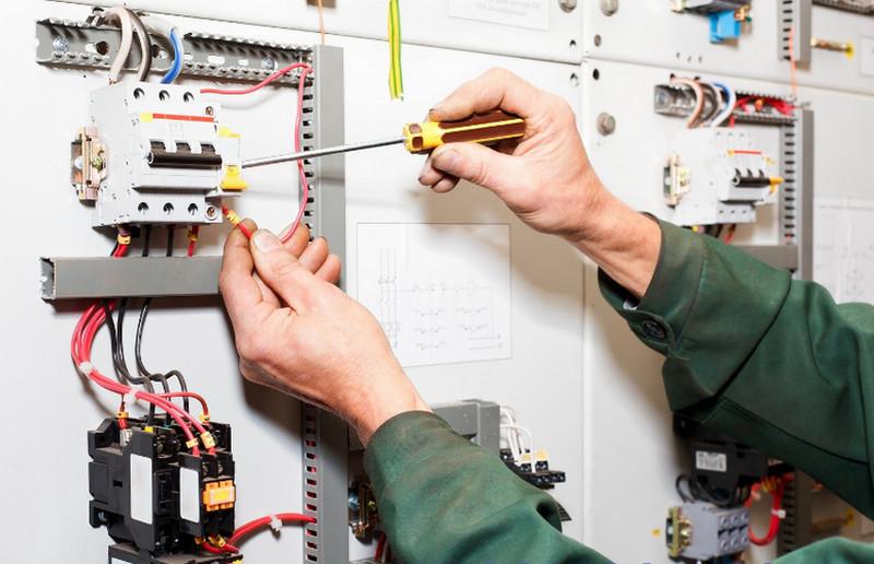 Nguyên nhân và cách khắc phục sự cố điện nước