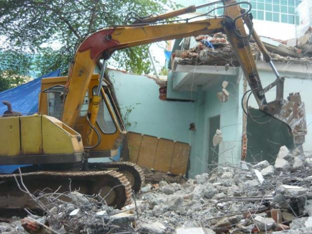 Báo giá phá dỡ nhà, phá dỡ công trình, tháo dỡ nhà cấp 4 ở Hà Nội